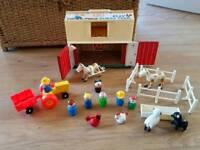 Vintage Fisher price farm, people / figures farm animals, tractor pet smoke free