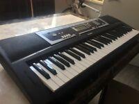 YAMAHA Digital Keyboard YPT-210 in great condition