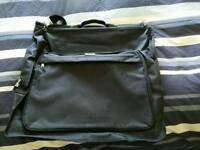 Travel bag, suits carrier
