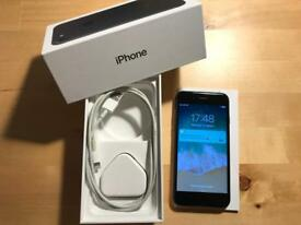 iPhone 7 128gb UNLOCKED black WARRANTY