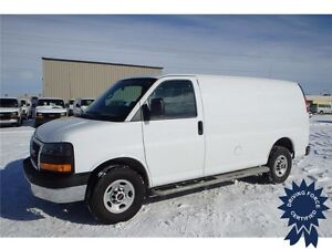 2015 GMC Savana Cargo Van Rear Wheel Drive - 13,518 KMs, 4.8L