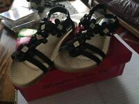 Black ladies sandals