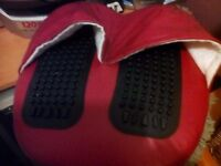 Massage cushion for feet and back y