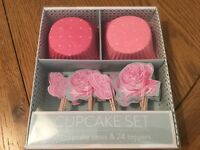 New 24 cupcake case and flag set. Ideal Christmas gift