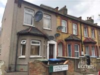 Large 2 Bedroom 1st Floor Flat In Edmonton, N9, Great Location Separate Kitchen and reception