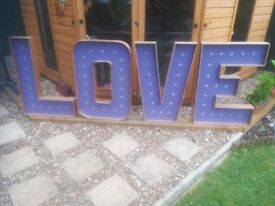 Party Letters 'LOVE'