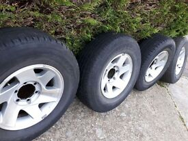 Mitsubishi L200 alloy wheels and tyres x4 for sale in horsham NOW £180 265/70R16 112S