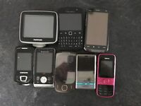 Job lot of mobile phones and a tomtom sat nav
