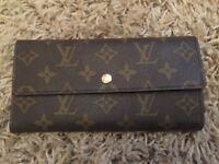 Louis Vuitton purse/wallet