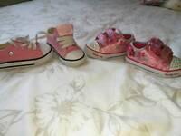 Girls trainers