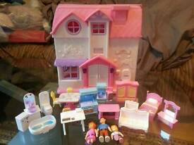 DOLL HOUSE (Figures+Furniture)