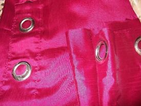 66x72 eyelet curtains £10
