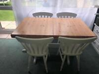 Farmhouse extendible dining table with four chairs