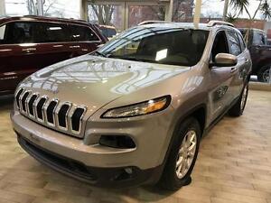 2017 Jeep CHEROKEE, ENS REMORQUAGE NORTH, V6, 4X4