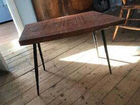 Mango wood, tapered leg coffee/side table