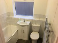 Immaculate 2 Bed Ground Floor Maisonette in Greenford