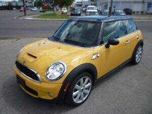2007 MINI COOPER S SPORTS PACKAGE/PANO ROOF/ALLOYS/LOW KMS!