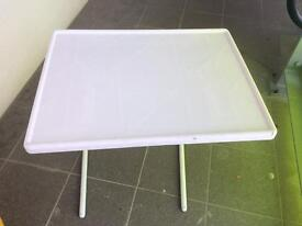 Small foldable side table