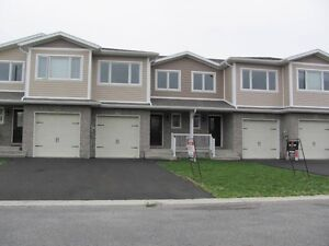 FREEHOLD TOWNHOME ONLY 1 UNIT LEFT NEAR KINGSTON,ON
