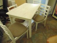 Nice kitchen table and four chairs