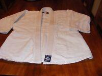 Blitz judo suit size 2/150
