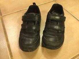 Boys Black leather Clarks school shoes 11G
