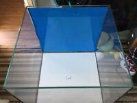 tmc signature fish tank with white glazier stand