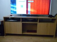 LARGE TV ENTERTAINMENT UNIT OR SIDEBOARD CABINET