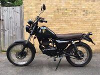 Sinnis Trackstar motorbike 125 cc