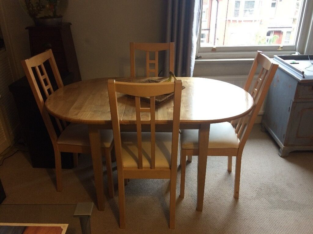 Dining Table and 4 Chairs (Butterfly Folding Middle Panel), £20 Collection Only Please