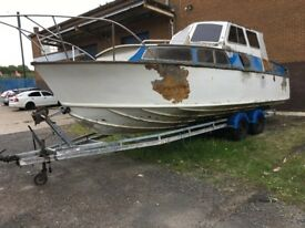 boat. fairey huntsman fast cruiser on trailer. project. quick sale £5000.
