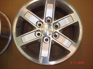 "2013 GMC 1500 Alum. OEM 17"" x 6 bolt x 6 spoke rims , no tires"