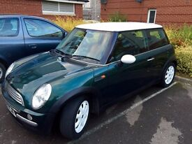 MINI Cooper Hatch 1.6 Petrol 2001 - New 4 tyres, new oil, MOT, Leather