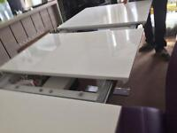 Extended hi gloss dining table with 6 chairs
