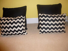 Cushions x 2 pairs colour black and white