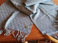 Anta woolen scarf, immaculate condition.