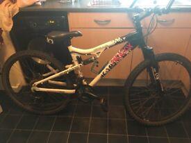 Apollo paradox bike