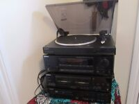 Sony HI FI System. Turntable. Radio. CD Player. Speakers. Twin Cassrtte Player. Remote