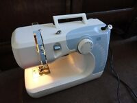ELECTRIC SEWING MACHINE, 12 automatic stitches