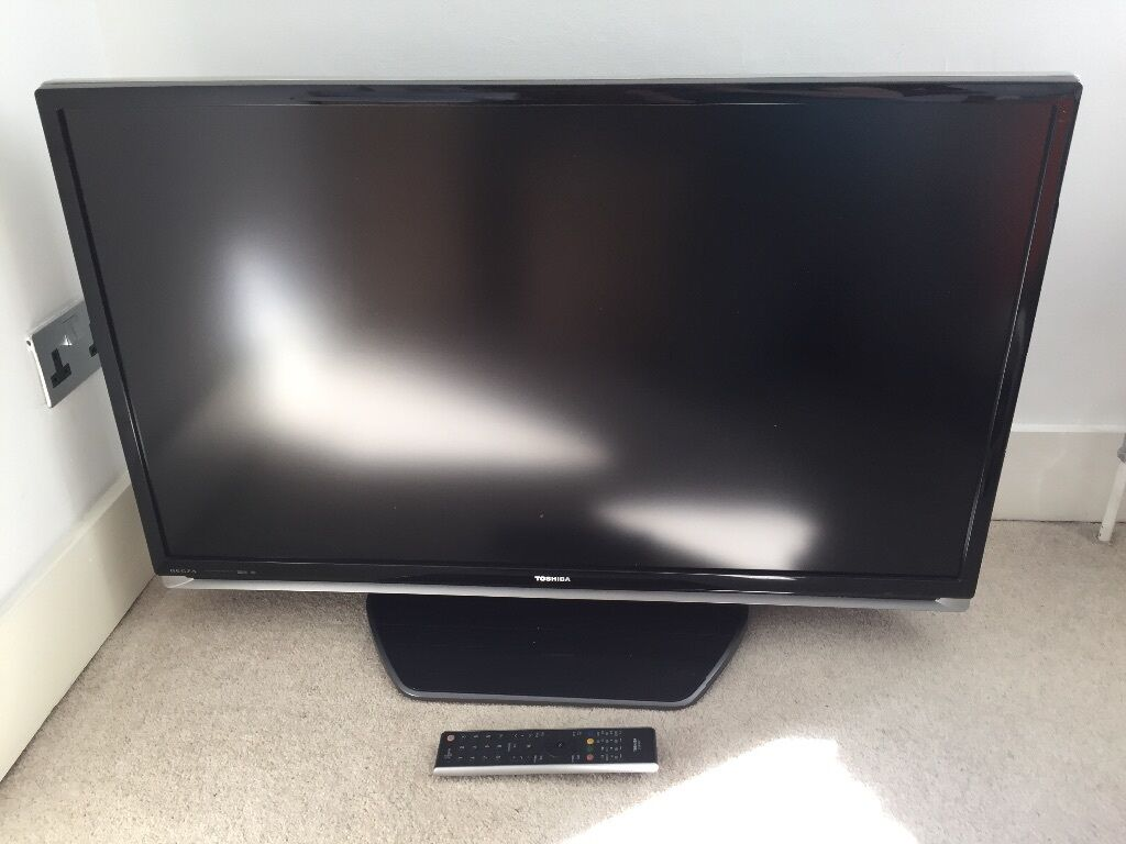 40 inch lcd tv toshiba regza 40xf355d in kingston london gumtree. Black Bedroom Furniture Sets. Home Design Ideas