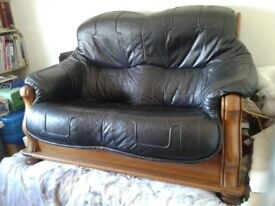2 seat settee