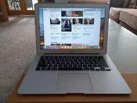 2015 13 inch Macbook Air 128gb SSD 4gb Ram Laptop