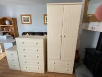 Bedroom Furniture Set - Wardrobe, Drawer chest and Bedside Drawers- Excellent Condition