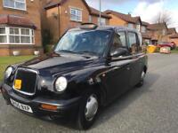 TX11 Taxi O5 plate