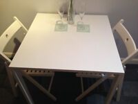 Kitchen table and chairs - new and unused