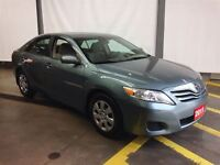 2011 Toyota Camry LE *CLEAN CARPROOF*ONE OWNER*EXTENSIVE SERVICE