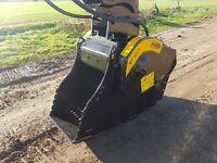 2012 MB BF60.1 crusher bucket.