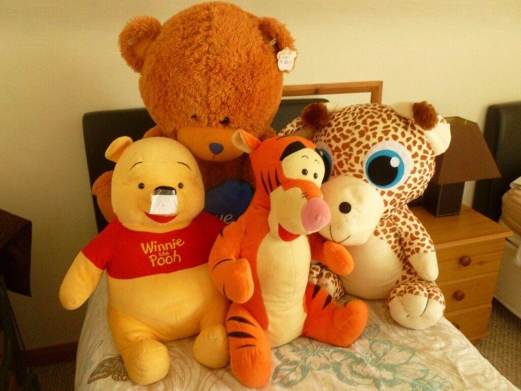 4 large teddies