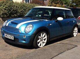2003 Mini Cooper S Blue/white