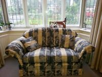 2 SEATER SOFA / COUCH ! Must Sell! + 2 Free Matching Cushions!